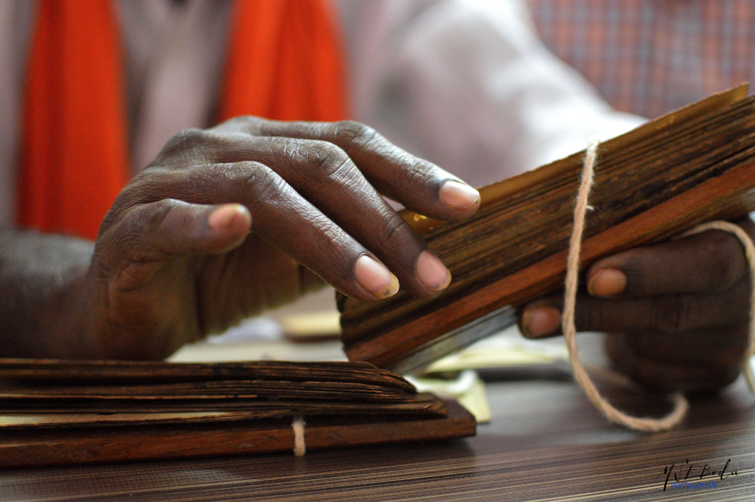 Indian Palm Leaf Reading - Nadi Astrology - Find your fate